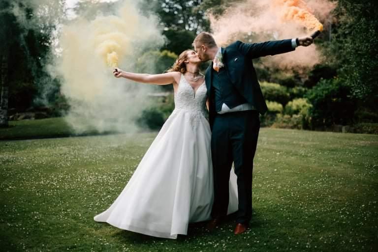 Aimee Johnson and her groom Stephen